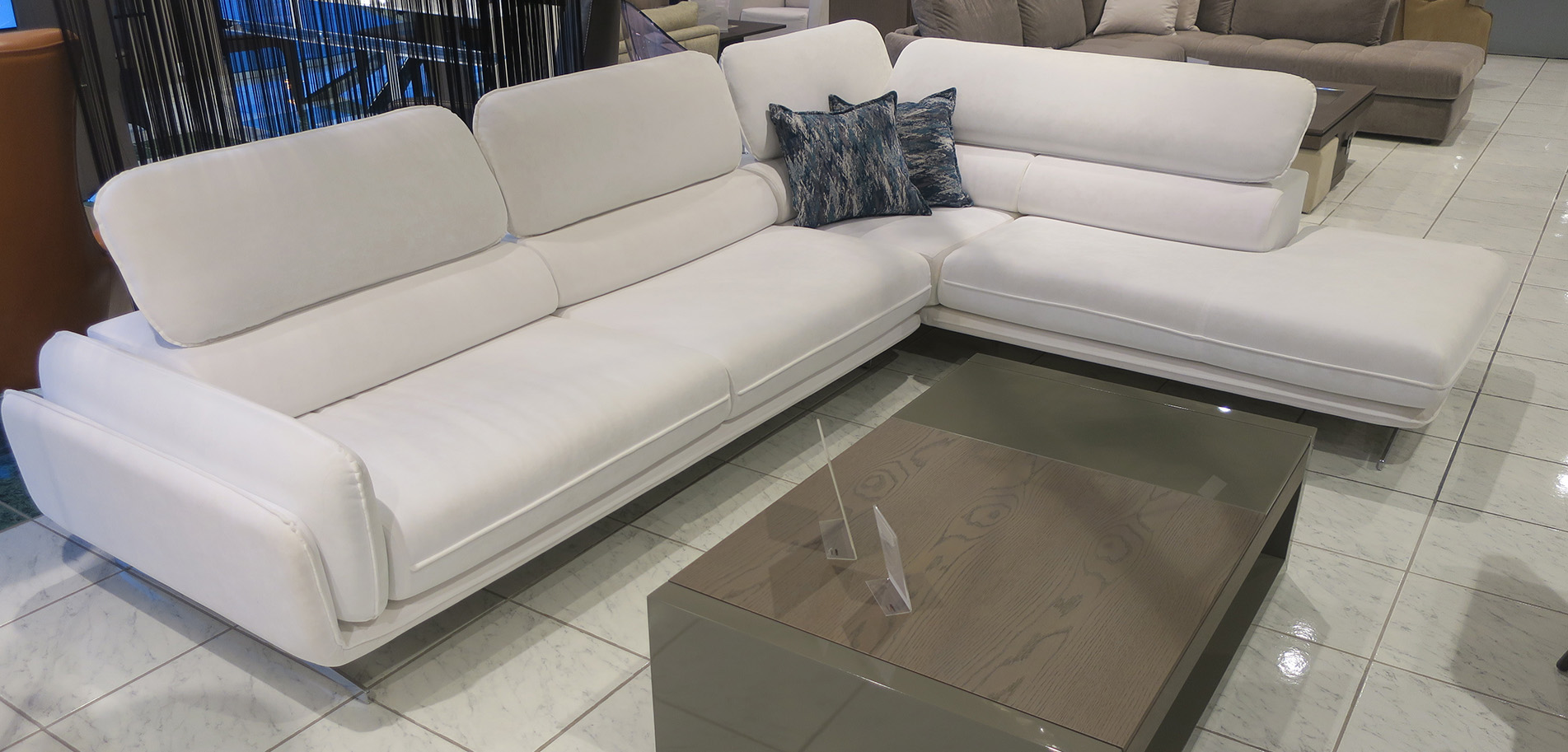 Sofa with tilting mechanism | Έπιπλο - Φωτιστικό - Μιχαλόπουλος