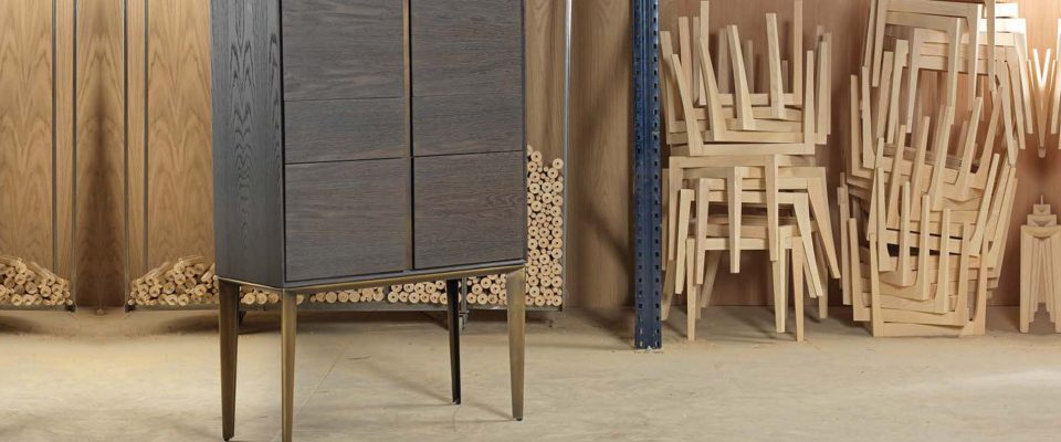 Sideboard with metal legs