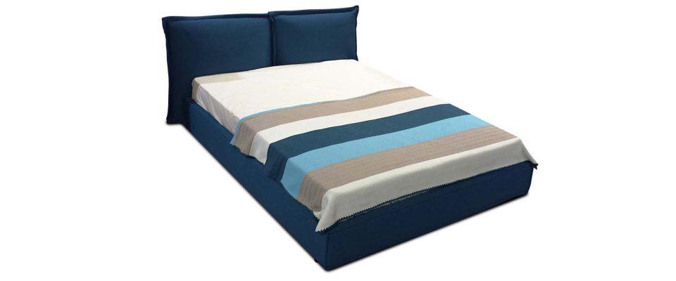 Κρεβάτι ντυμένο