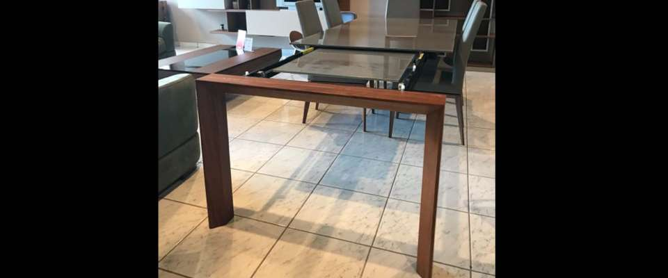Glass table CALLIGARIS