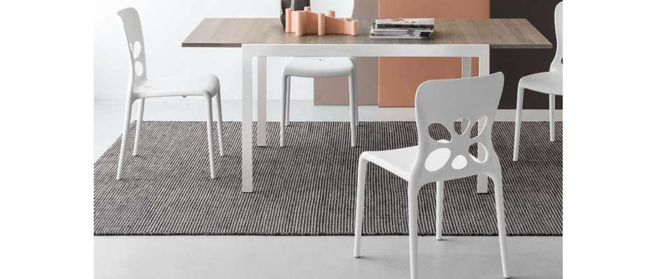 ALADINO opening table of Connubia Calligaris
