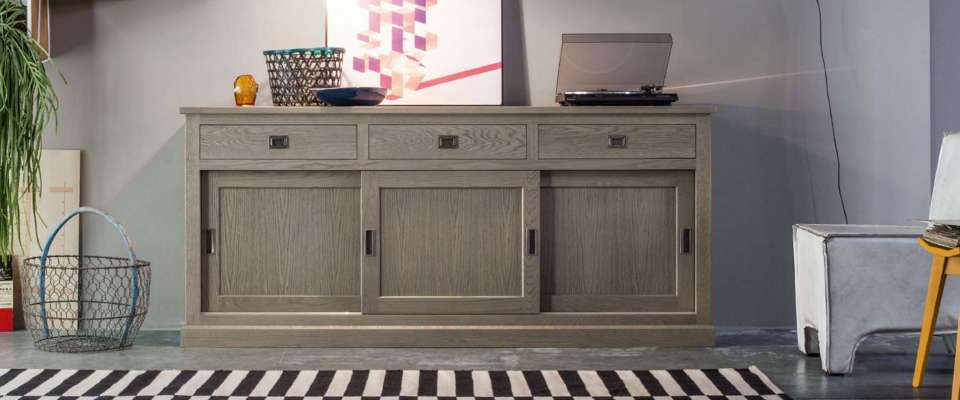 Sideboard MADIE ENGLISH of DEVINA NAIS